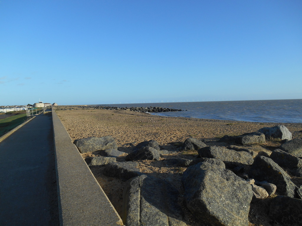 30Jan2016_highTideSeawick_sandKeepsSeaAway